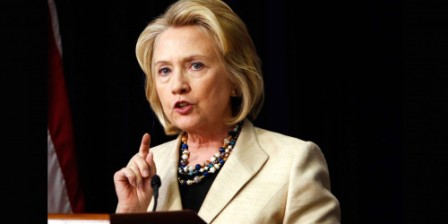 Hillary Clinton agrees to provide private e-mail server to FBI