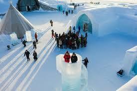Tourists brave sub-zero temperatures at Sweden's ice hotel