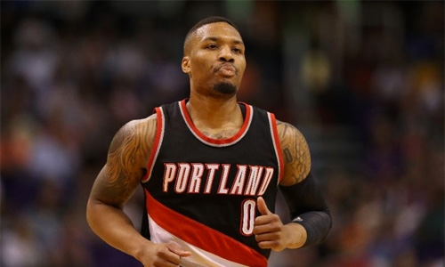 Lillard explodes for 49 points against Heat