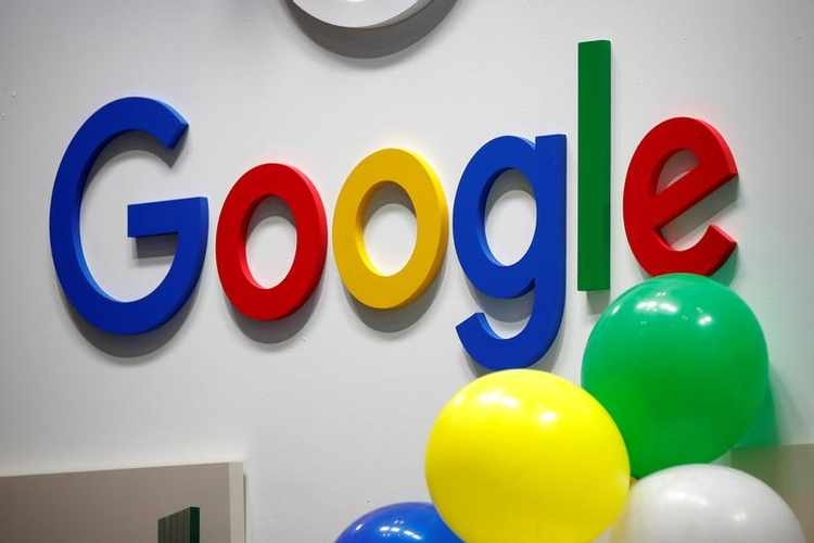 Google's Meet video tool getting Zoom-like layout, Gmail link