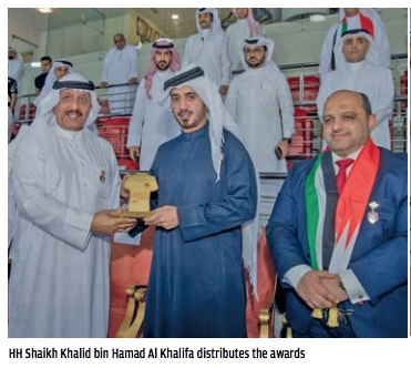 Shaikh Khalid crowns winners of Super Handball match
