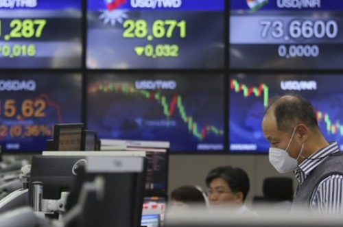 Asian shares, US futures gain after last Trump-Biden debate