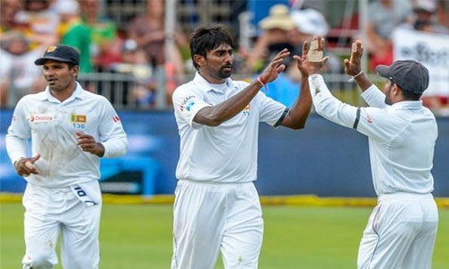 Lakmal takes first Test wicket of 2017